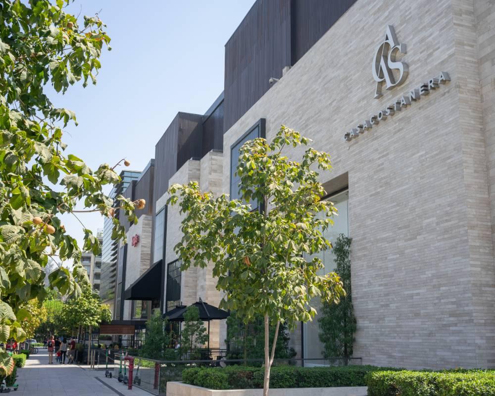 Edificio mall Casa Costanera